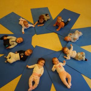 Cvičení s kojenci a batolaty
